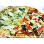 ピザの食べ比べ